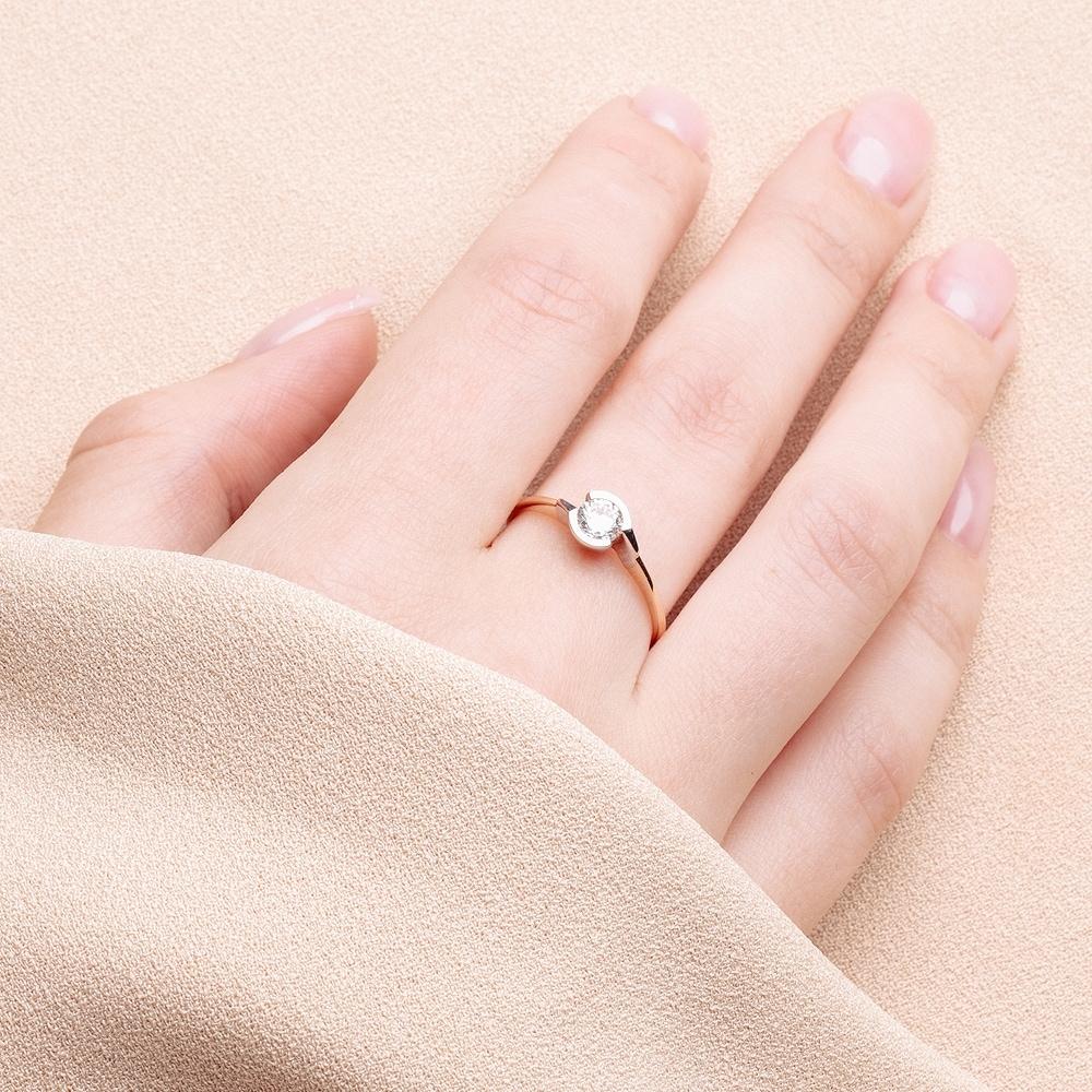 Золотое кольцо с фианитами СН01-115317