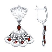 Серебряные серьги подвесные с гранатами и фианитами ДИ92021415
