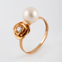 Золотое кольцо с жемчугом и фианитами 2Т3725884Р