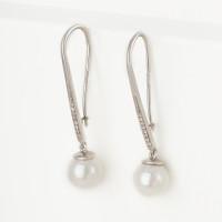 Серебряные серьги подвесные с жемчугом синтетическим и фианитами ДИ94022212