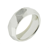 Серебряное кольцо НЮ900010192648 8,0