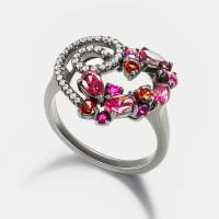 Золотое кольцо с бриллиантами, рубинами и гранатами ЮЕР30569