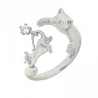 Серебряное кольцо с фианитами ИАС10550