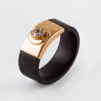 Золотое кольцо с цирконом и каучуком НР03398К