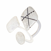 Серебряное кольцо ИЬК1-3ЛКВ
