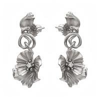 Серебряные серьги гвоздики с фианитами ИАС23360