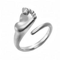 Серебряное кольцо с фианитами ИАС10780Т