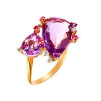 Золотое кольцо с бриллиантами, топазами и иолитами