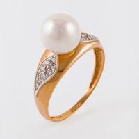 Золотое кольцо с жемчугом и фианитами НЮ09389901010050071
