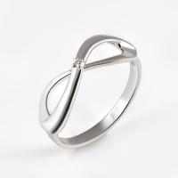 Серебряное кольцо с бриллиантом ДИ87010012