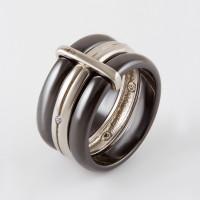 Серебряное кольцо с керамикой и фианитами СЫ01СР2070б-130