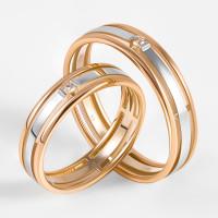 Золотое кольцо обручальное с бриллиантом ЛХ07-00075