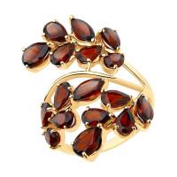 Золотое кольцо с гранатами ДИ715589