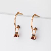 Золотые серьги подвесные с гранатами и фианитами ЮИС124-5681гр