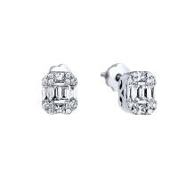 Золотые серьги гвоздики с бриллиантами МЦАЛУБ142-КП