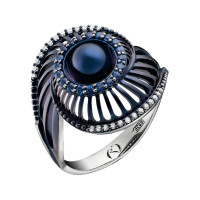 Золотое кольцо с бриллиантами, жемчугом и сапфирами