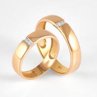 Золотое кольцо обручальное с фианитами ДИ017797