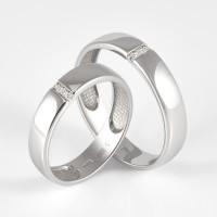 Золотое кольцо обручальное с фианитами ДИ017798
