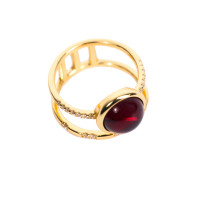 Серебряное кольцо с янтарем и фианитами