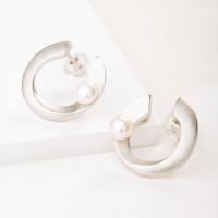 Серебряные серьги гвоздики с жемчугом ФССАМ180ЕРД