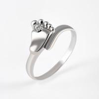 Серебряное кольцо с фианитами РЫ1772241С