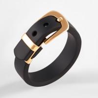 Золотое кольцо с каучуком