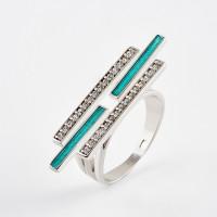 Серебряное кольцо с фианитами ДИ94013165