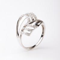 Серебряное кольцо с фианитами ЯВ82563С