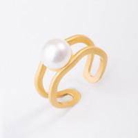 Серебряное кольцо с жемчугом ФССАМ182РУ