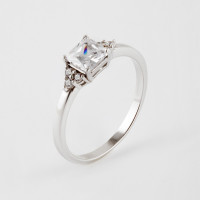 Серебряное кольцо с фианитами 6В10-0006