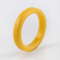 Бижутерное кольцо