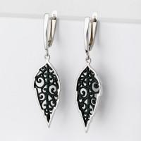 Серебряные серьги подвесные с эмалью