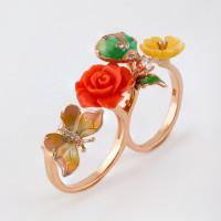 Серебряное кольцо с кораллами, эмалью, перламутрами и фианитами